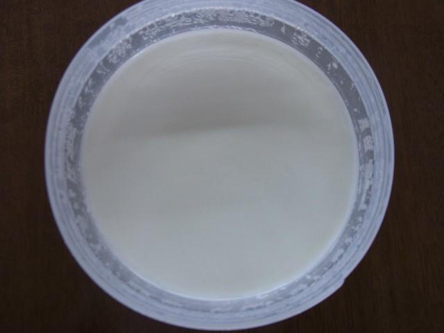 牛乳別で作ったヨーグルト